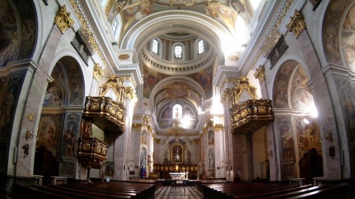 veduta dell'interno della cattedrale