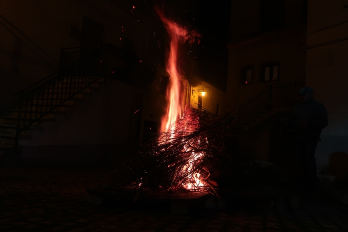 fuoco acceso orsara puglia fucacoste cocce priatorje